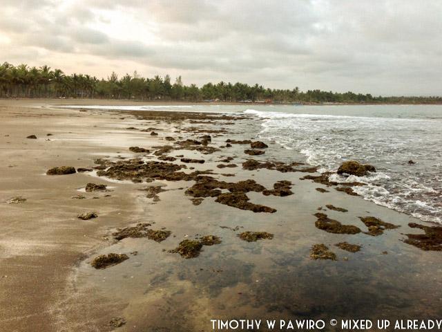 Indonesia - Pangandaran - Batukaras - Pantai Karang (02)