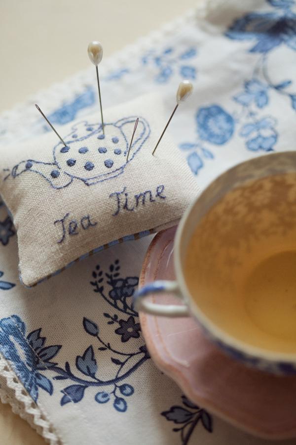 Kazuko Aoki - Tea Time
