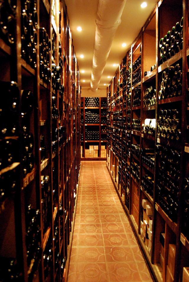 Red Wine Cellar at Rekondo