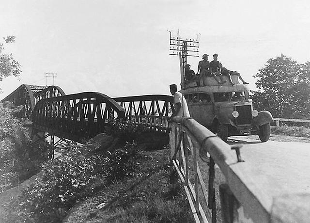 Cầu Tân An - Ligne de Bus Saigon-Mytho en 1951. Tuyến xe đò Saigon - Mỹ Tho
