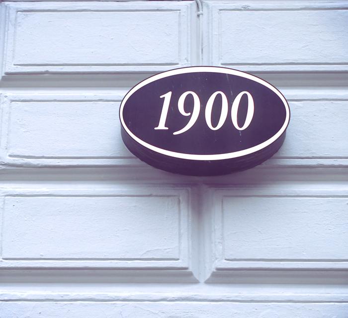 19005