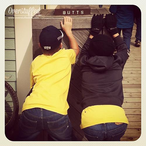 Skagway Butts web