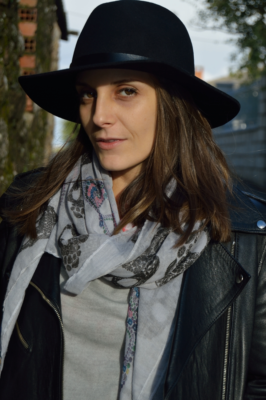 lara-vazquez-madlula-style-fall-passion-about-hats