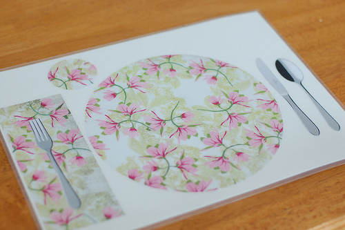 Table Setting Mat (photo from Montessori ICI)