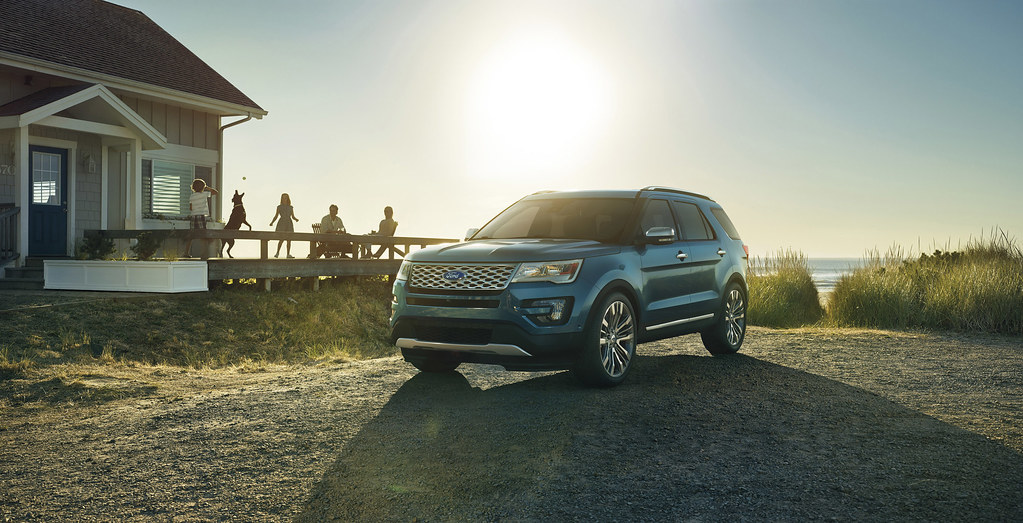 Ford Explorer – the best-selling SUV in the United States for 25 years – reaches new heights with the Platinum edition