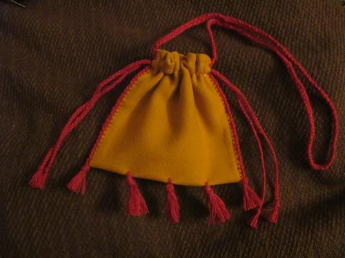 Medieval textile purse - 30