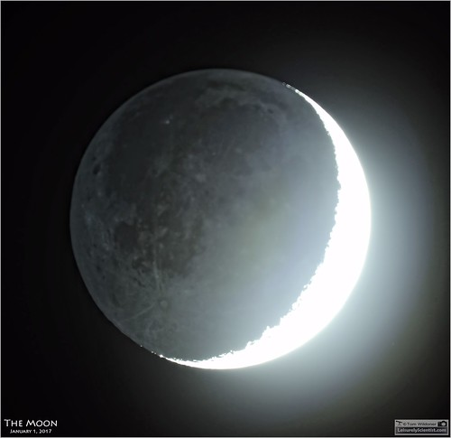 tomwildoner leisurelyscientistcom leisurelyscientist moon crescent glow earthshine astronomy astrophotography astronomer weatherly pennsylvania nightsky night solarsystem meade telescope lx90 canon canon6d celestron cgemdx overexposed evening sunset space science