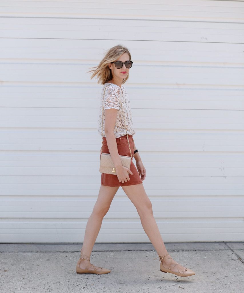 rust mini skirt outfit
