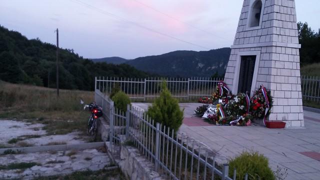 Last light Bosnia, Memorial