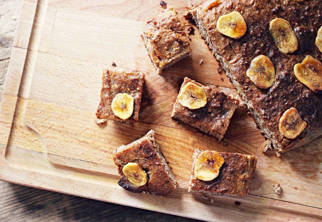 Healthy banana bread bites recipe the little magpie