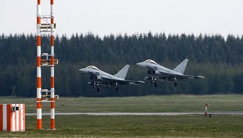 Німецькі винищувачі піднялися в небо країн Балтії з повним боєкомплектом