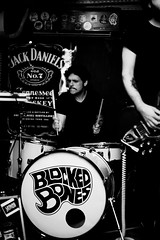 Pocket Show - Blocked Bones