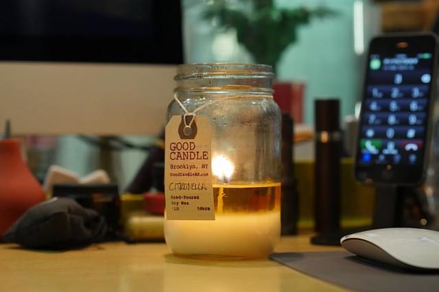 Restock - GOOD CANDLE  他のキャンドルにはない優しくシンプルな香りにここ数年ハマリ中? 昨年訪ねたブルックリンのスタジオで全てを手作業で製作? US天然ソイワックスを使用し、メイソンジャーに流し込まれた製品は、ルックスもシンプルでGOOD? めっちゃEEE香りしまっせ〜?   香りは9種類 ( Fig / Rosemary / Basil / Lavender / Cedar / Citronella / Lem