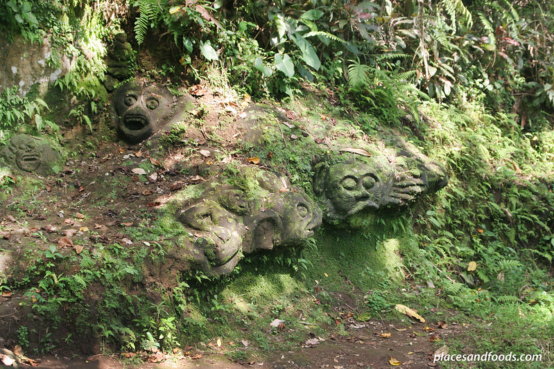 goa gajah carved stones in the forest