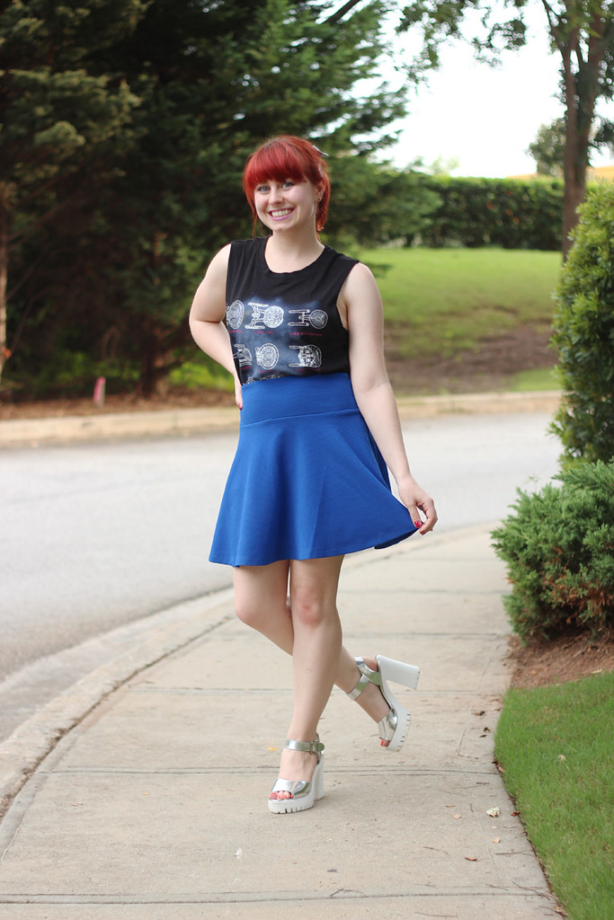 Blue Textured Flippy Skirt, Star Trek Print Tank Top, and Chunky Silver Peeptoe Heels