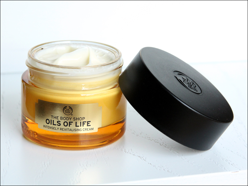 TBS oils of life intensely revitalising cream1