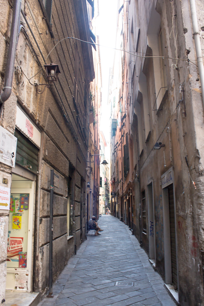 Генуя - Улочки старого города Генуи