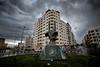 تمثال الضفادع البشرية أمام بوابة ميناء غزة