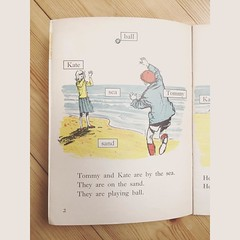 It's school magazine time again, so here's a page from a reading book, circa 1965. #adventgram2016