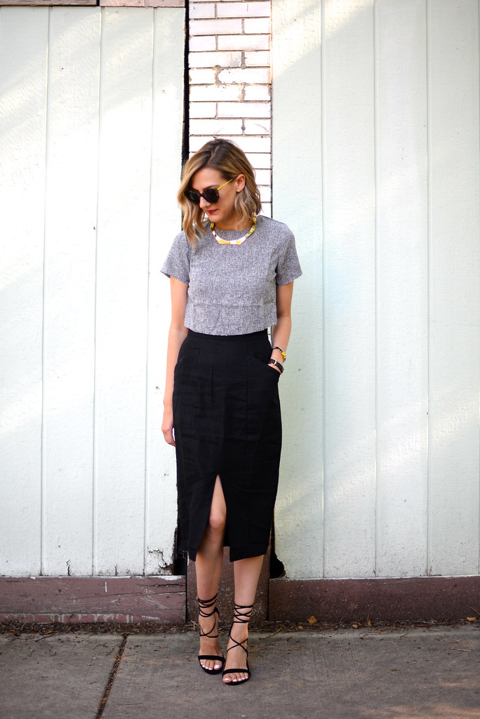 crop-top-office-outfit
