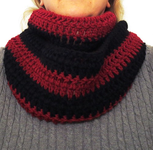 Simple & Comfy Cowl Scarf