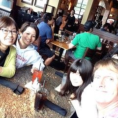 Look who we found! It's our former Japan neighbor T. Her parole officer in Shizuoka made the mistake of letting her out on 48 hour leave and she jumped a plane to grab a real roast beef dip in the USA. We're so happy to see you, T.  Watch out, I hear sire