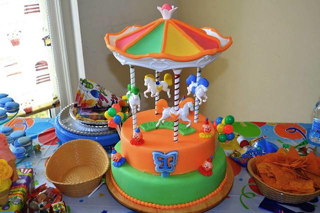 Cake by Sweet paladar