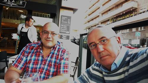 Julio Usandizaga y Mikel Agirregabiria preparando el VII Encuentro GetxoBlog