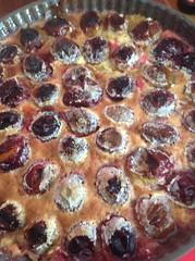 Tarte aux prunes sur pâte sablé