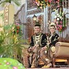 Paes ageng Kanigaran: Indonesian Javanese traditional wedding dress. Ayu & Awe wedding day at Yogyakarta. Wedding photo by @poetrafoto, website http://wedding.poetrafoto.com :thumbsup::blush::heart_eyes: