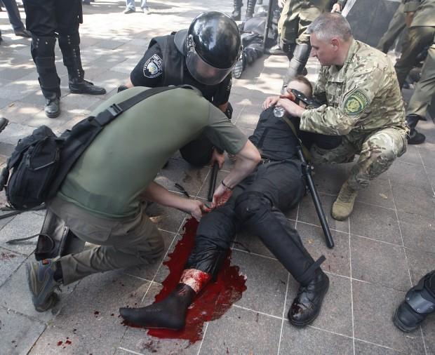 noi_violente_la_Kiev (4)