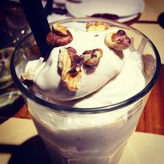 ice cream, whipped cream, food, dairy product, affogato, cuisine, milkshake,