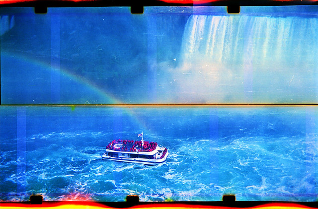 Niagara Falls in Instamatic splitfilm in AGFA Chief