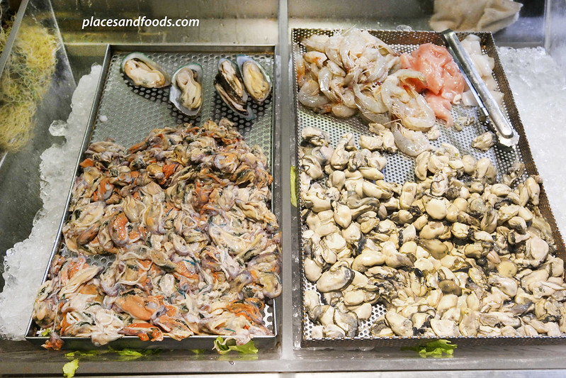 emporium food hall bangkok fresh seafood