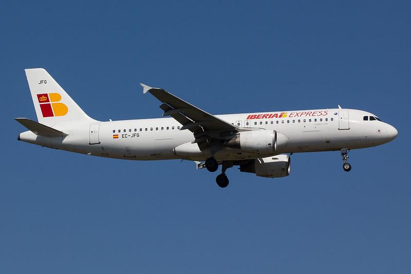 Iberia Express - A320 - EC-JFG (1)