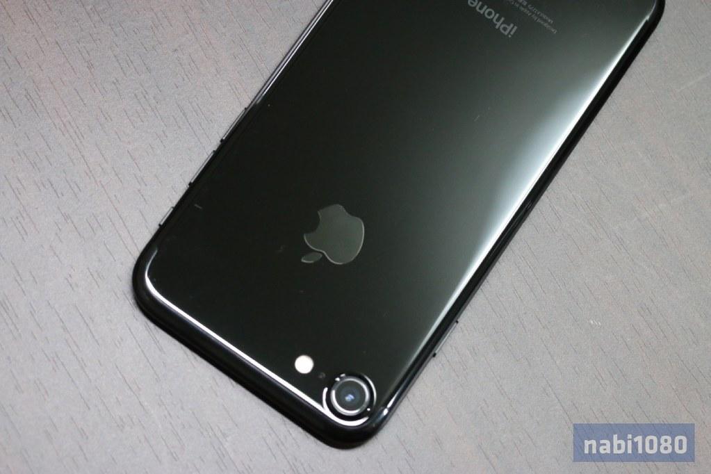 iPhone 7 ジェットブラック02