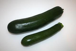 01 - Zutat Zucchini / Ingredient zucchini