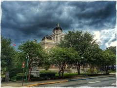 iPhone pic of Lowndes County Courthouse in Valdosta, Georgia