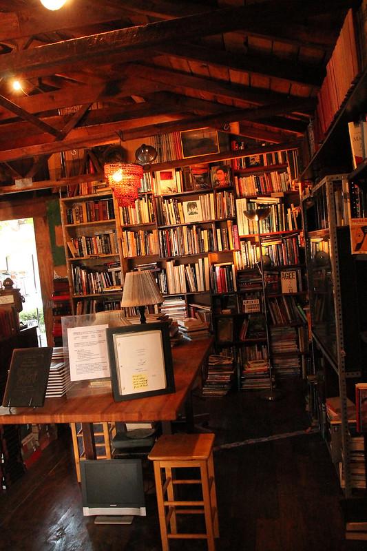 Looqh Library