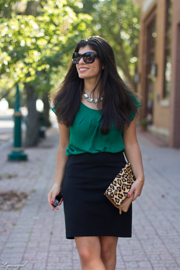 green blouse, black pencil skirt, leopard clutch-5.jpg