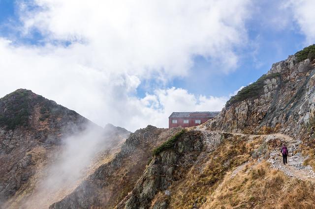唐松岳頂上山荘へ