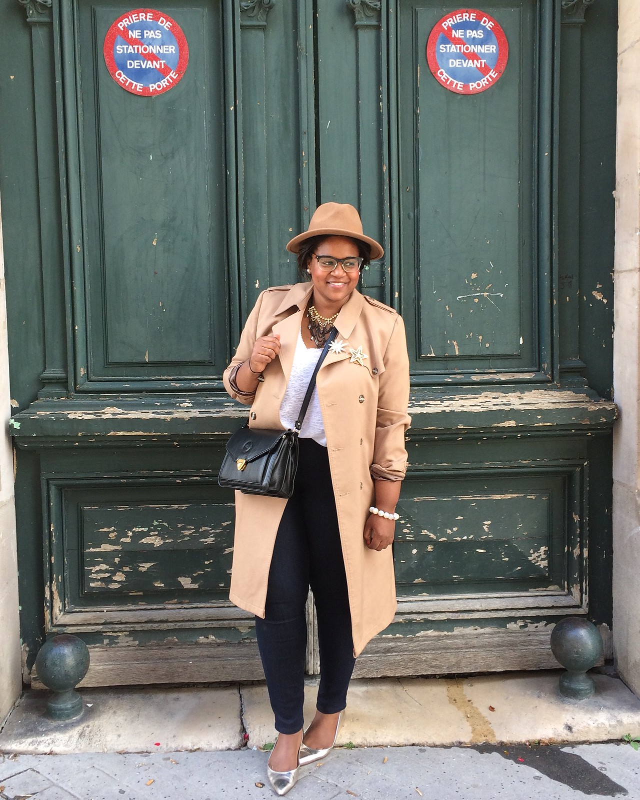 Trench+coat+visiting+paris