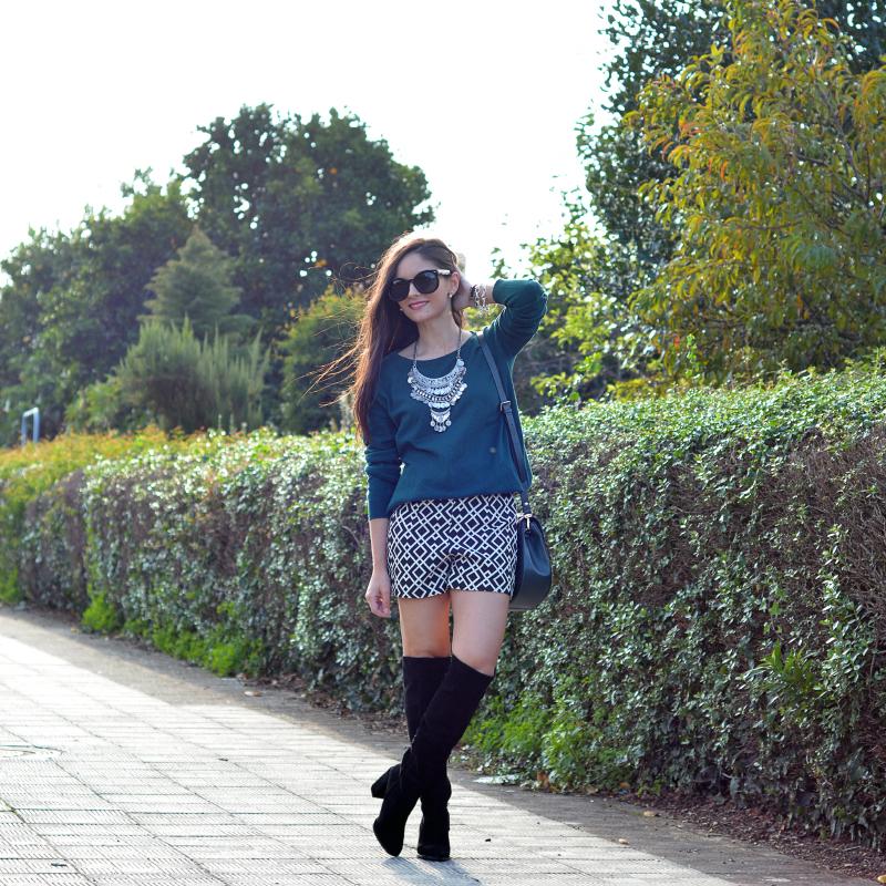 zara_ootd_shorts_green_high_boots_como_combinar_botas_01