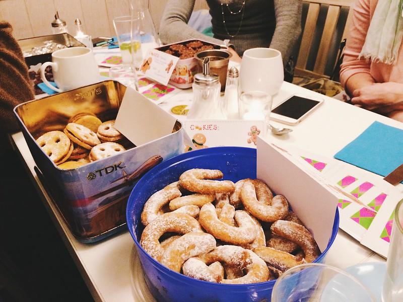 zitronenherzen und cookie exchange party