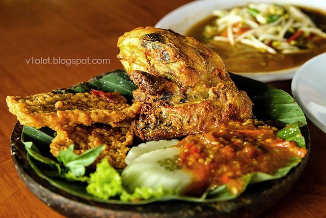 ayam goreng mania2 -0645crw