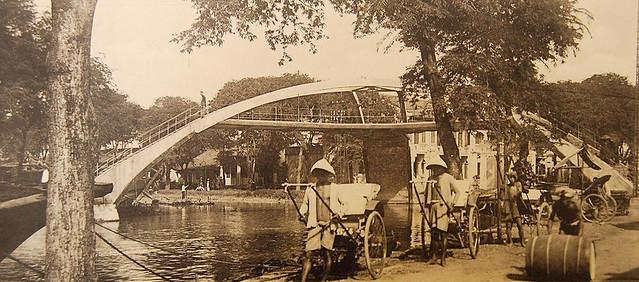Pont en X à Cholon, construit par Brossard et Mopin