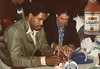 Dave Winfield In All Star Eatery Toronto circa 1983-1984