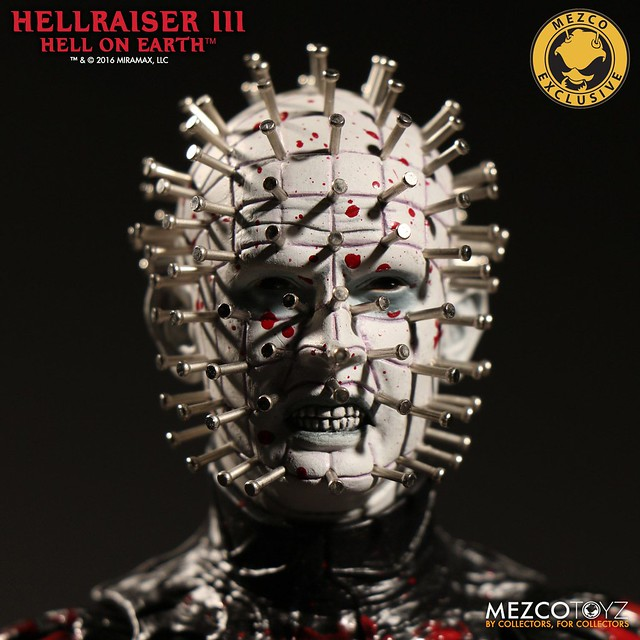 MEZCO 養鬼吃人3【濺血針頭人】Hellraiser III: Hell on Earth Bloody Pinhead 12 吋人偶作品