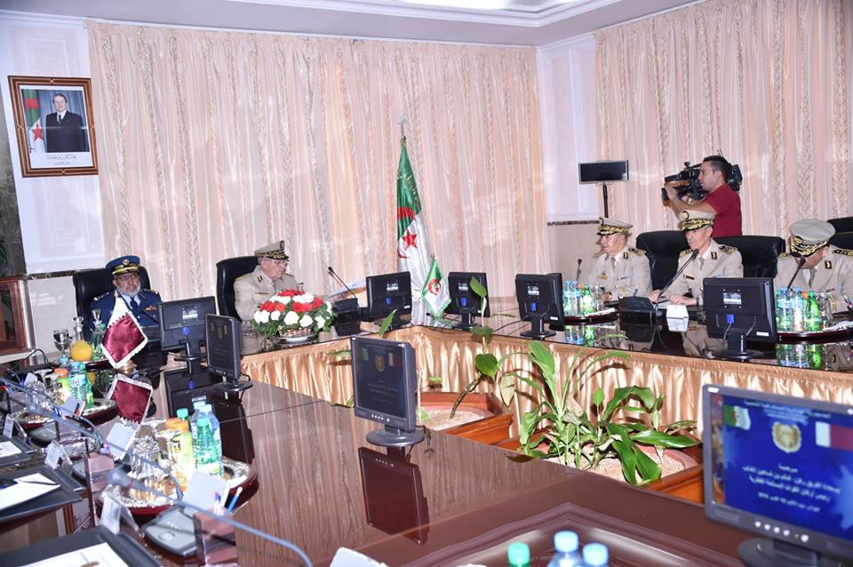 الجزائر : صلاحيات نائب وزير الدفاع الوطني - صفحة 4 30690144851_27b3448fe2_o