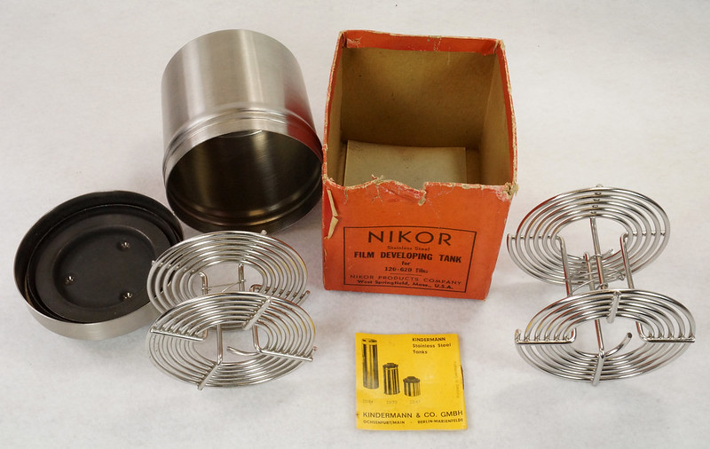 RD14949 Vintage Nikor Stainless Steel Film Developing Tank for 120-620 Film + 2 Reels DSC06700